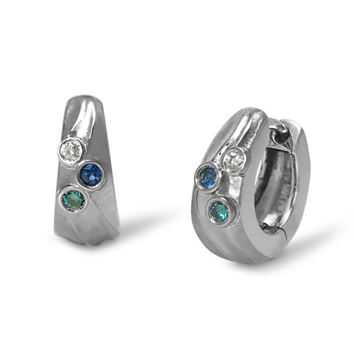 Pettie Hoop Earrings from K.Mita