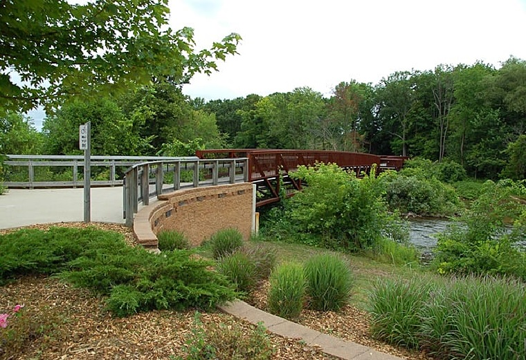 Big Rapids Riverwalk - Mecosta County Convention & Visitors Bureau
