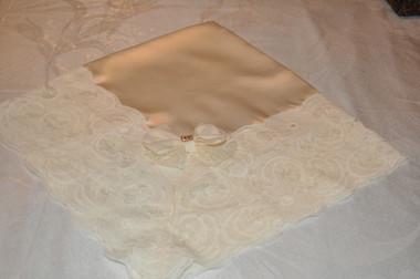 Delicate Crème Lap Scraf with Deep Crème Lace & Bow