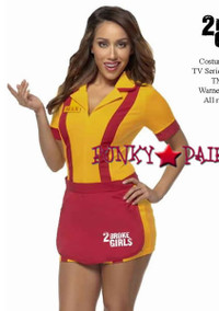 M1313, 2 Broke Girls Waitress