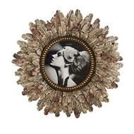 "9"" Vintage Round Frame with Feathers"