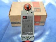 Cutler Hammer (10316H2372C) 600V, AC Max., Type LT Limit Switch, New Surplus