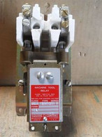 Square D (8501-BHO-20) Size 0, 2 Pole AC Magnetic Relay, New Surplus