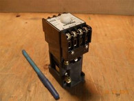 Izumi Denki (TMD2-131N) Pneumatic Timing Relay, New surplus