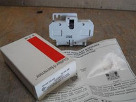 Cutler Hammer (C320KGS2) Side Mount Auxiliary Contact, New Surplus