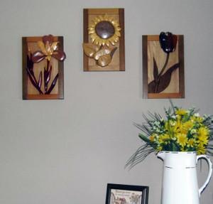 Intarsia Floral Wall Plaque Set