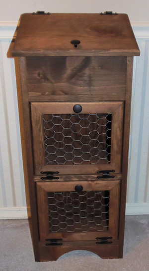 Potato Vegetable Storage Bin - Chicken Wire - Wooden Lid