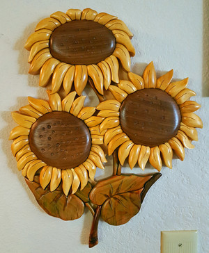 Intarsia Sunflowers Wall Plaque
