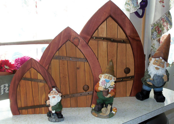 Wooden Fairy / Gnome Door - Closed (Large)
