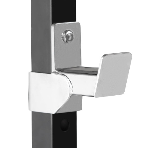 The Steelbody T-Rack STB-98001  includes sturdy bar catches