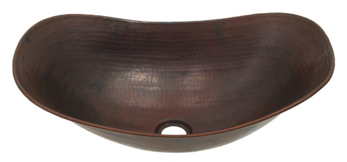 Sleigh vessel in hammered copper