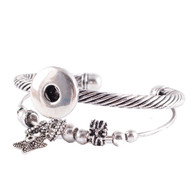 WISH STAR BANGLE
