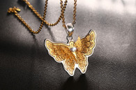 LUXE CARING 3D BUTTERFLY NECKLACE (GOLD)