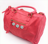 SOFT LEATHER CORAL BEACH BUTTON HANDBAG