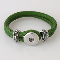 GREEN ONE BUTTOM BRAIDED LEATHER BRACELET - 21 CM