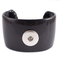 LEATHER CUFF BRACELET - BLACK