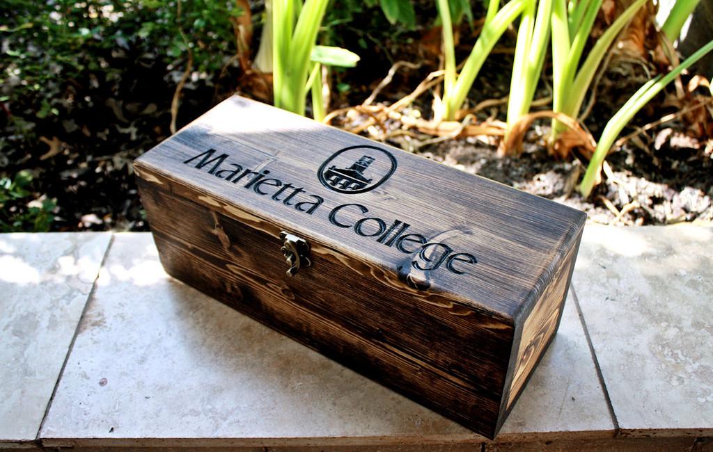 Featured Design: Marietta College Wine Box (Design #319)