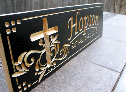 FAMILY Name SIGN with cross (CWD-4)