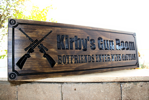 Gun room sign with crosses rifles