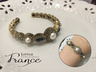 Palace Style Bangle with Pearl