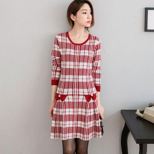 Plaid Pleated Knit Dress