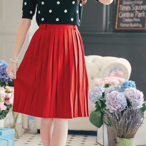Pleated Woolen Skirt