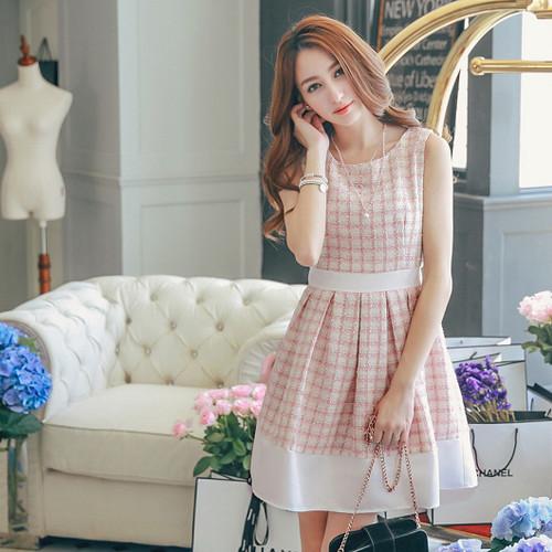 Plaid Pleated Wool Dress