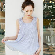 Lace Sleeveless Pleated Chiffon Blouse