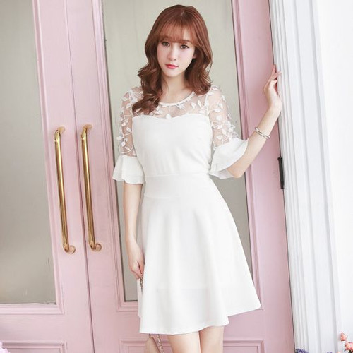 Lace Stitching Lotus Sleeve Dress