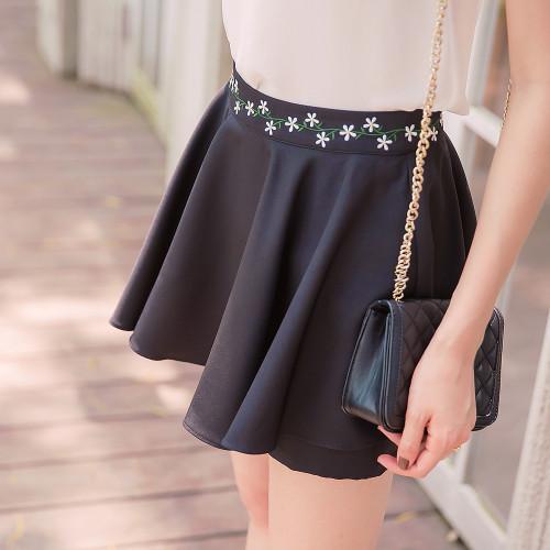 Embroidered Flower Pant Skirt
