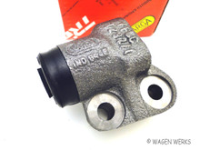 Wheel Cylinder - Front Left - Type 2 1964 to 1970 - Brazil