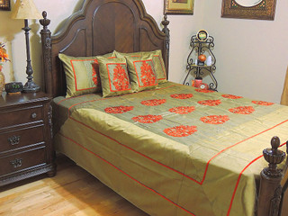 Embroidered India Bedding Set Handmade Beautiful Sari Coverlet 5P Ensemble Queen