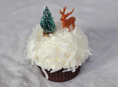 Sweet Deer Coconut Cupcakes