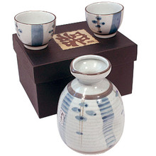 Blue Flower Short Sake Set  From AFG