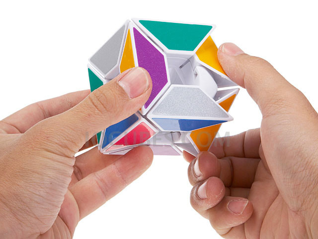 The HOLLOW 3D IQ Trapezoid Cube (INNV009300) by IQCUBES.COM