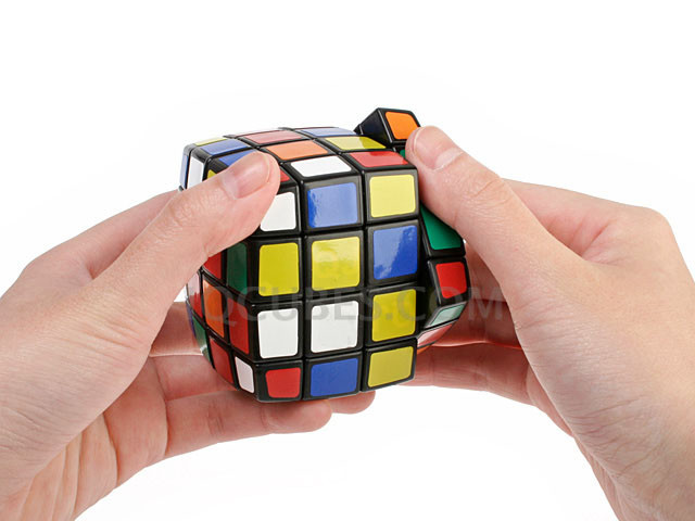 The 4x4x4 Smooth Curve IQ Cube (IQBG006200) by IQCUBES.COM