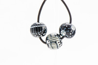 Magdalena - Black/White Bead Set