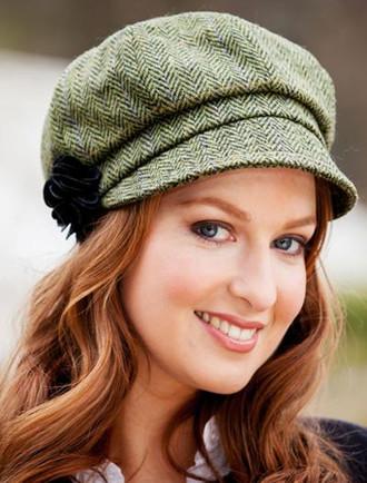 Ladies Tweed Newsboy Hat - Light Green Plaid