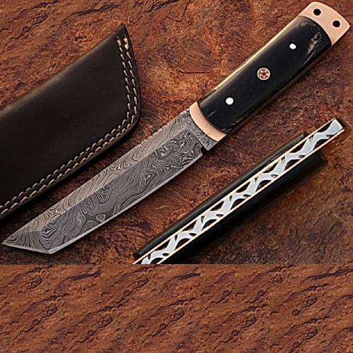 Damascus Steel Tanto Point Hunting Knife Buffalo Horn Handle