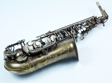 signature custom RAW alto saxophone
