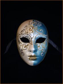 Venetian mask Volto Rezzo