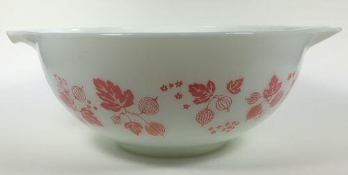 Vintage Pyrex Cinderella Bowl White Pink Gooseberry 443 2 1/2 QT