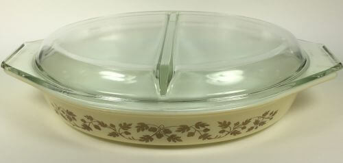 Vintage Pyrex divided casserole cover cream gold acorn