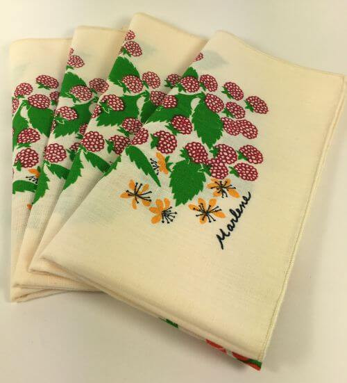 Vintage Napkins Cream 5 Types of Berries signed Marlene Set of 4