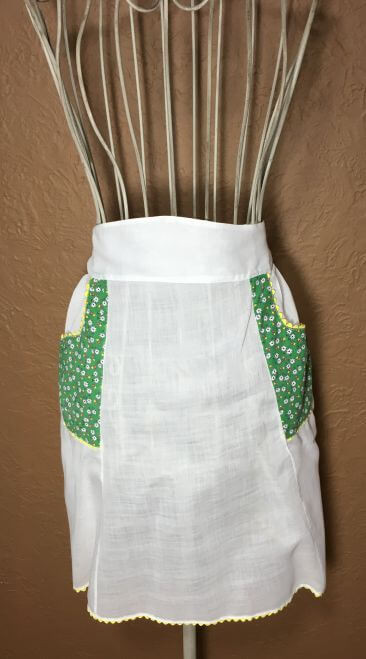 Vintage Half Apron White Green Floral Pockets Yellow Rickrack Trim