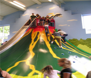Challenge Courses Volcano with Slide Indoor Play Equipment