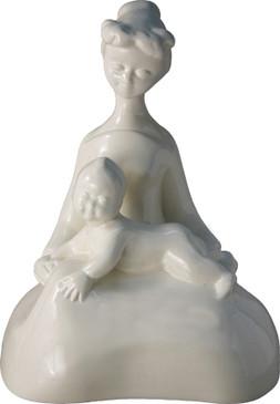 Maternity - Bel Delecourt