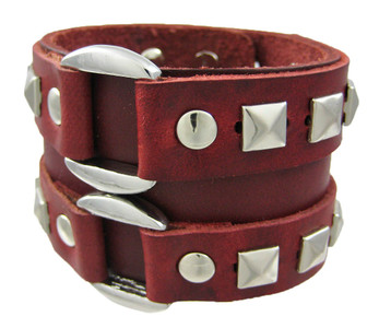 https://s3.amazonaws.com/zeckosimages/92105-red-leather-buckle-wristband-M1.jpg