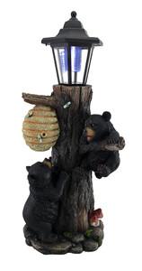 https://s3.amazonaws.com/zeckosimages/97-HD46925-welcome-bear-solar-light-lantern-1I.jpg