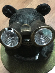 https://s3.amazonaws.com/zeckosimages/MRC-50050-resin-black-bear-solar-light-1H.jpg